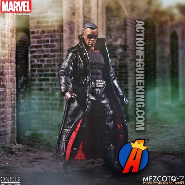 IN HAND*** NEW MEZCO MARVEL COMICS BLADE ONE:12 COLLECTIVE FIGURE