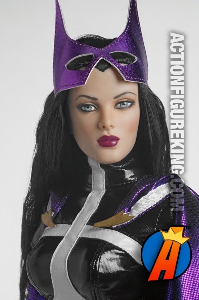 16-inch Huntress dressed fashion figure from Tonner.  sc 1 st  Action Figure King & Huntress 16