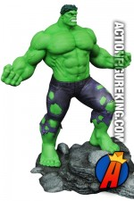 MARVEL Gallery THE INCREDIBLE HULK PVC Figure from DST.