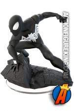 Disney Infinity 3.0 black-suited Spider-Man figure and gamepiece.