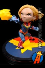 MARVEL COMICS 4-inch Scale CAPTAIN MARVEL Q-FIG from QUANTUM MECHANIX