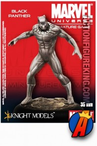 Marvel Universe Avengers BLACK PANTHER figure from Knight Models.