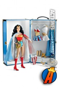Exclusive FAO Schwarz Wonder Woman figure and trunk from Tonner.