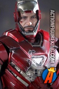 Hot Toys 1/6th scale fully articulated Silver Centurion Mark 33 action figure.