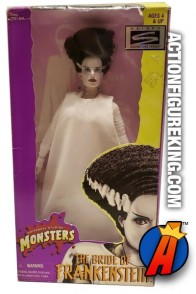HASBRO SIGNATURE UNIVERSAL MONSTERS SERIES 12-INCH THE BRIDE OF FRANKENSTEIN ACTION FIGURE