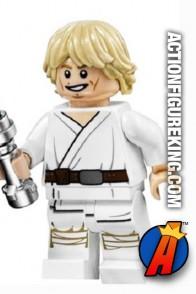 LEGO STAR WARS Tatooine LUKE SKYWALKER minifigure with blue lightsaber.