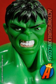8 inch tall Marvel Famous Cover Series Incredible Hulk action figure from Toybiz.