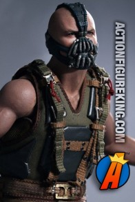Sideshow and Hot Toys present this highly detailed Movie Masterpiece 1:6th scale Bane action figure.