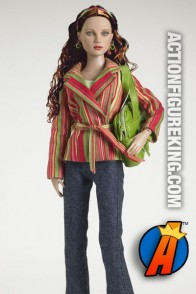 Wonder Woman Casual Identity Tonner outfit for 16-inch figures.
