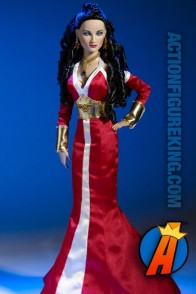 Wonder Woman/Diana of Themyscira fashion figure from Tonner.