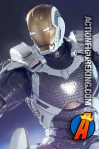 Hot Toys 1/6th scale fully articualted Iron Man 3 Mark XXXIX action figure.