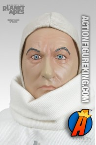 A detailed head-shot of this 12-inch scale Planet of the Apes Mutant Leader figure.